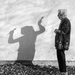 91-year-old-mother-playful-photography-elderly-women-strange-ones-tony-luciani-4